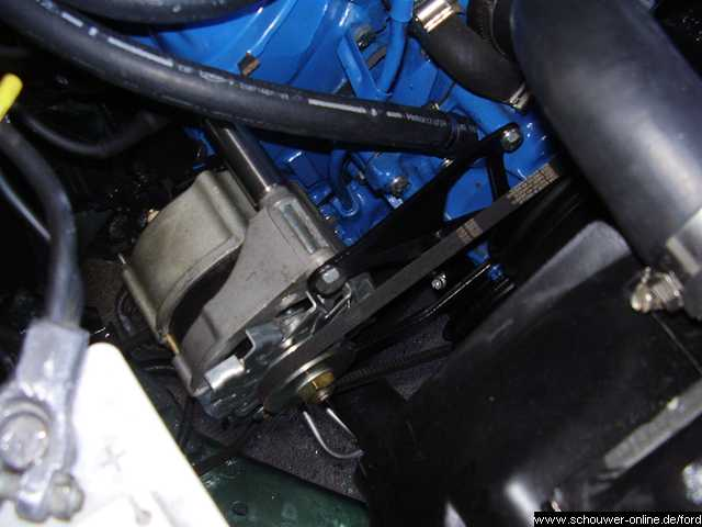 Ford Mustang Coupé 1968: Umbau auf Bosch Lichtmaschine